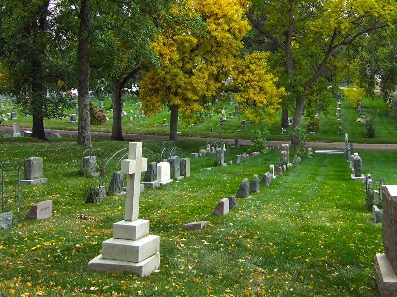 Memorial gardens cemetery and funeral home colorado - Memorial gardens colorado springs ...